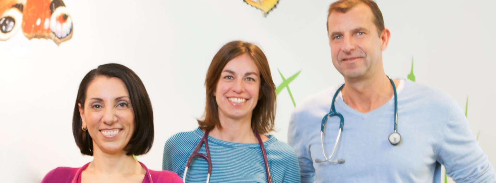Ärzteteam der Praxis Arzum Hiller